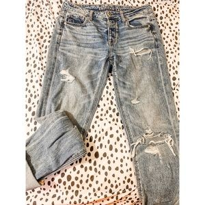 American Eagle Mom Jeans 2 LONG